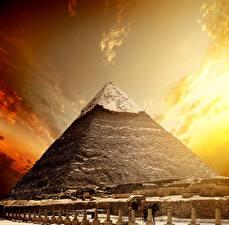 Картинки Египет Пустыня Рассветы и закаты Небо Пирамиды Cairo Природа