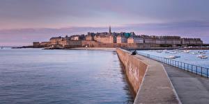 Картинка Франция Здания Мосты Залив Ограда Saint Malo Города
