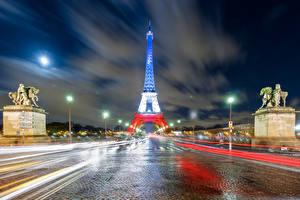 Картинки Франция Дороги Париж Эйфелева башня Ночь Уличные фонари