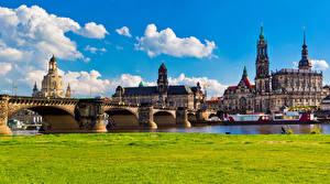 Картинки Германия Дрезден Дома Реки Мосты Пирсы Трава