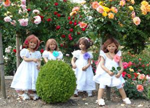 Картинки Германия Парки Розы Кукла Девочки Платье Кусты Grugapark Essen Природа