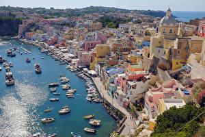 Фотография Италия Здания Берег Пирсы Лодки Катера Procida Campania Города