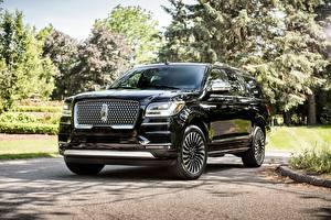 Фотографии Lincoln Дорогие Черный Металлик 2018 Navigator L Black Label Авто