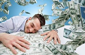 Обои Мужчины Деньги Доллары Пальцы Много Банкноты Улыбка Радость