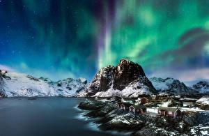 Картинка Пейзаж Горы Берег Лофотенские острова Норвегия Полярное сияние