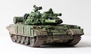 Фотографии Танки Игрушки Российские Белый фон T-55 AMV