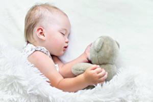 Фото Плюшевый мишка Младенцы Спящий Ребёнок
