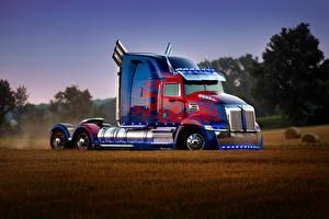 Картинки Трансформеры: Последний рыцарь Грузовики Optimus Prime Truck кино