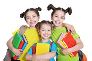 Фотография Белым фоном Девочка Трое 3 Улыбается Книги Шатенки Дети