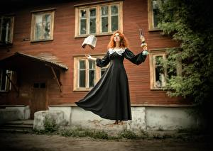 Картинки Ведьма Магия Платье Рыжая Книга Levitation