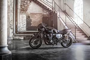 Картинка Ямаха Сбоку 2015-16 XJR1300 Racer Мотоциклы