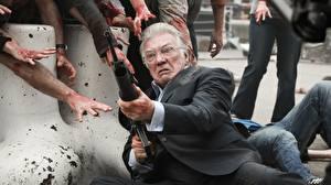 Обои Зомби Автомат Пожилой мужчина Alan Ford (actor), cockneys vs zombies кино
