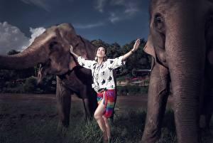 Картинки Азиаты Слоны Девушки Животные