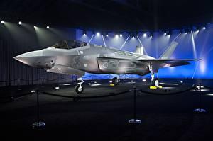 Обои Самолеты Истребители Бомбардировщик F-35 Lightning II