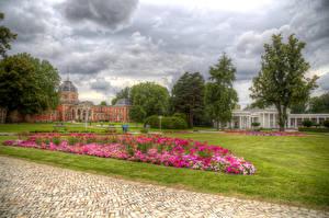 Фотографии Германия Парки Дома HDR Газон Деревья Kurpark Bad Oeynhausen Природа