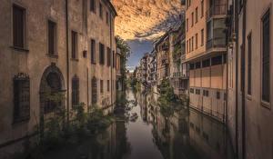 Фотографии Италия Дома Водный канал Padova