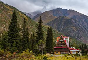 Фотографии Казахстан Парки Горы Здания Ель Ala-Archa national park