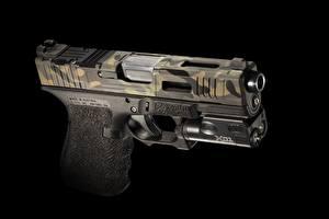 Обои Пистолеты Крупным планом Черный фон Mk 2, Glock 19 Армия