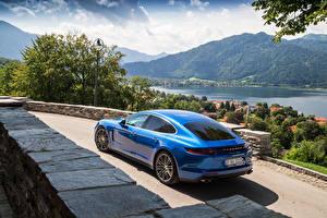 Картинки Porsche Сзади Синий 2016 Panamera Turbo Автомобили