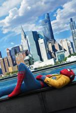 Картинки Человек паук герой Небоскребы Человек-паук: Возвращение домой Кино