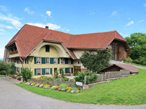 Картинка Швейцария Здания Особняк Ограда Трава Spych