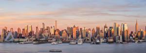 Картинка Штаты Здания Небоскребы Пирсы Корабли Нью-Йорк Манхэттен