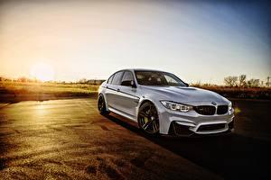 Фотография BMW Белый Седан F80 машины