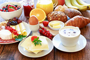 Фото Кофе Сыры Круассан Булочки Фрукты Завтрак Яйцами Чашка Еда