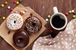 Фото Кофе Пончики Шоколад Конфеты Чашка Еда