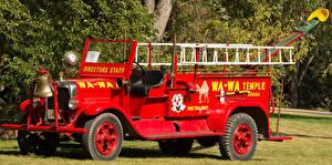 Фото Пожарный автомобиль Ретро Красный