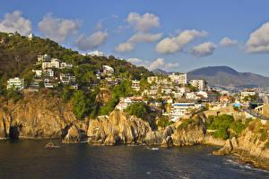 Картинки Мексика Здания Берег Скала Залив Облака Acapulco Города