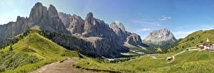 Фотографии Горы Луга Италия Альпы Val Gardena Города
