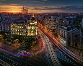 Фотография Дороги Дома Вечер Мадрид Испания Сверху Улица Едущий Города