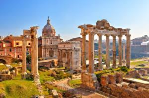 Картинка Рим Италия Развалины Колонна Arch Septimius Severus, Temple Saturn Города