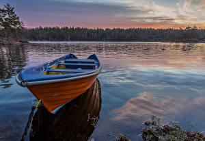 Обои Швеция Речка Лодки Вечер Природа