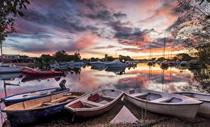 Фото Великобритания Реки Пирсы Лодки Небо Вечер Катера Облака Dorset River Stour