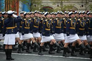 Фотография 9 мая Военный парад Российские Kursant Девушки