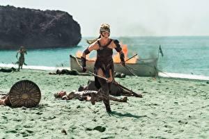 Фотографии Воины Чудо-женщина (фильм) Бег Пляж Robin Wright Фильмы Девушки Знаменитости