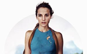 Обои Алисия Викандер Tomb Raider: Лара Крофт 2018 Лара Крофт Фильмы Знаменитости Девушки