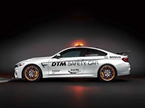 Картинка БМВ Сбоку Белый DTM GTS F82 Safety Car Авто