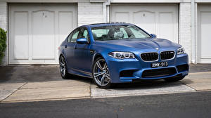 Фото BMW Синяя Седан F10 автомобиль