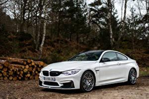 Фотографии BMW Белый Купе F82 Машины