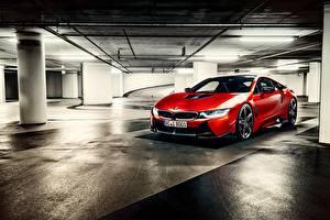 Обои BMW Красная Парковка I12 авто