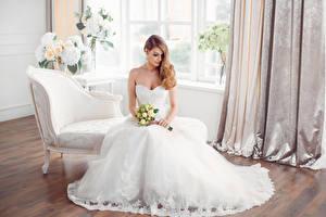 Фотография Букеты Шатенка Невеста Платье Сидящие Девушки