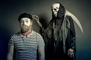 Фотография Образ смерти Мужчина С косой Бородой