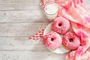 Фотография Пончики Сахарная глазурь Молоко Розовый