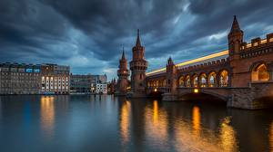 Фотография Вечер Реки Берлин Германия Мосты Oberbaum Bridge, Spree Города