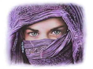Фото Глаза Рисованные Смотрит Девушки
