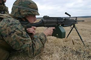Фотографии Пулеметы Солдаты USMC, M249