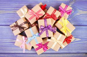 Обои Много Коробка Бантик Подарки